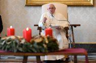 """09/12/2020 –Al continuar con su serie de catequesis sobre la oración, el Papa Francisco señaló que """"la oración cristiana es plenamente humana"""" porque…"""