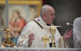 06/01/2021 – Hoy,6 de enero, Solemnidad de la Epifanía del Señor, el Papa Francisco presidió la Santa Misa en la…