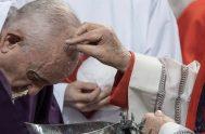 12/02/2021 –El Papa Francisco ha dado a conocer hoy su mensaje con motivo de la Cuaresma 2021, que lleva como título «Mirad, estamos…