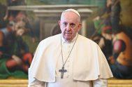 """07/04/2021 –En la audiencia general de este miércoles 7 de abril, el Papa Francisco señaló que los santos nos recuerdan que """"nunca es…"""