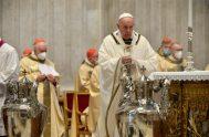 """01/04/2021 –Durante la homilía de la Misa Crismal el Papa enfatizó que """"el anuncio de la Buena Noticia está ligado misteriosamente a la…"""