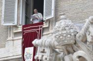 """19/04/2021 –Durante el rezo del Regina Coeli, desde la ventana del Palacio Apostólico del Vaticano, el Papa Francisco afirmó que """"Jesús no es…"""