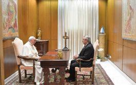 13/05/2021 –El papa Francisco recibió al presidente Alberto Fernández en el Aula Paulo VI, ubicada a pocos metros de Santa…