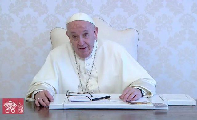 """15/06/2021 – A través de un videomensaje, el Papa Francisco agradeció la invitación a participar en la 16ª edición del """"GLOBSEC Bratislava Forum"""", dedicado al tema: «Reconstruyamos un Mundo Mejor». En el…"""