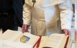 16/07/2021 –El Papa Francisco, tras consultar a los obispos del mundo, ha decidido cambiar las normas que rigen el uso…