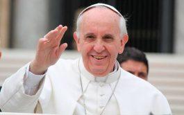 """21/09/2021 –El Papa Francisco aseguró que la Cruz de Cristo es """"actual y eficaz"""", sobre todo """"en una situación como…"""