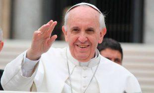 """21/09/2021 –El Papa Francisco aseguró que la Cruz de Cristo es """"actual y eficaz"""", sobre todo """"en una situación como la contemporánea, caracterizada por cambios rápidos y complejos"""". """"La Cruz del Señor"""",…"""
