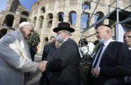 08/10/2021 – Junto a la canciller alemana, Angela Merkel, y al primer ministro italiano, Mario Draghi, el Papa Francisco encabezó el encuentro promovido…