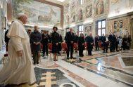 19/10/2021 –El Papa Francisco recibió en el Palacio apostólico del Vaticano a un grupo de miembros de la Biomedical University Foundation, de la…