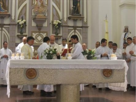 La misa del sábado 7, iniciando la Semana Brocheriana.