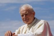 """22/10/2013 - Hoy la iglesia celebra al beato Juan Pablo II. El próximo año, para esta fecha, ya será """"Santo Juan Pablo II"""".…"""