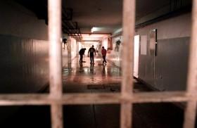 27/08/2014 - Después del cruel motín que se desarrolló esta semana en una cárcel del sur de Brasil que dejó cinco presos muertos, entre ellos, dos decapitados, quedaron pendientes algunas reflexiones en…