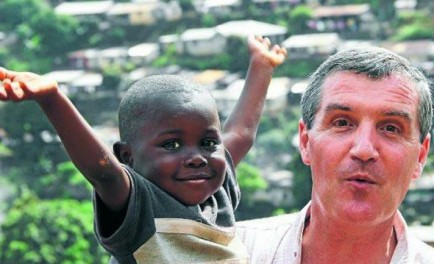31/10/2014 - Un misionero argentino es el principal responsable de la recepción y cuidado de los niños que quedaron huérfanos a causa del ébola en Sierra Leona. Junto con otros tantos sacerdotes,…