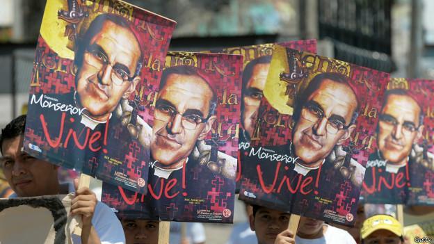 El sábado 23 de mayo, desde las 13hs, podrás participarenvivo de la Beatificación de Monseñor Oscar Romero desde El Salvador en la sintonía de Radio María. Será una gran fiesta para toda…