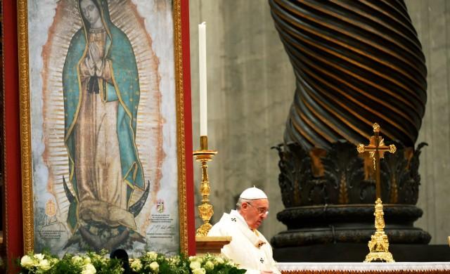 """11/02/2016 -""""Voy a México porque siento que la Señora me llama"""". El Papa Francisco hacía referencia a la Virgen de Guadalupe. Lo dijo de regreso a Roma en al viaje apostólico de…"""