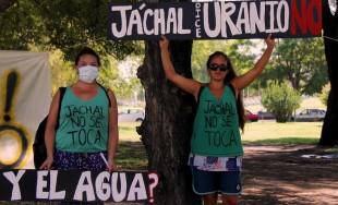 27/05/2015 -En Jáchal, San Juan, no se puede votar ni protestar contra Barrick Gold, la minera responsable del peor incidente ambiental que tenga registro la minería argentina. Así quedó evidenciadoantenoche cuando…