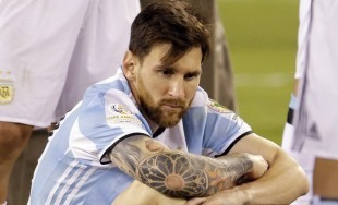 28/06/2016 - Yohana Fucks es docente y, pensando en sus alumnos, escribió una carta a Lionel Messi tras la definiciónpor penales en la final de la Copa América Centenario frente a Chile.…