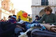 """25/07/2016 – Durante el fin de semana, la Plaza San Martín de la ciudad de Córdoba se convirtió en el """"ropero abierto"""" más…"""