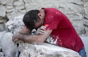 24/08/2016 - Un sismo de magnitud 6 en la escala de Richter golpeó esta madrugada el centro de Italia. Para conocer la situación actual en el territorio nos comunicamos con CarolinaGunsky ,…
