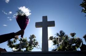 25/10/2016 - La Congregación para la doctrina de la fe publicó una instrucción para los obispos en relación a los difuntos en donde aclara que, si bien está permitido la cremación de…
