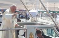 18/01/2018 – El Papa Francisco celebró la misa por Nuestra Señora del Carmen, en el sector de Playa Lobito. Ésta fue la última…