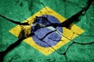 11/04/2018 – El ex presidente Brasil, Inasio Lula Da Silva se entregó a la Policía Federal para empezar a cumplir su condena de…