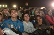 28/05/2018 – Era la segunda noche del II Encuentro Nacional de Juventud en Rosario en donde más de 20 mil personas se encontraban…
