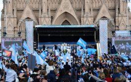 """22/10/2018 – El presidente de la Conferencia Episcopal Argentina fue entrevistado por el diario Perfil. Dijo que """"la Iglesia recibe…"""