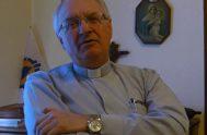 """29/11/2018 –Inicio del ciclo con el padre Juan José Riba, sacerdote perteneciente al Instituto de los Padres de Schoenstatt, autor del libro """"Raíces…"""