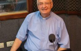 26/04/2019 – Visitó los estudios centrales de Radio María Argentina el padre Juan José Riba, sacerdote del movimiento de Schoenstatt…