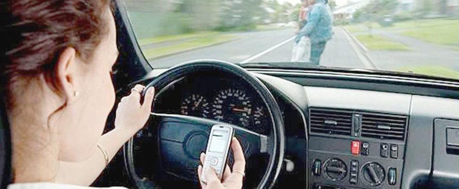 14/01/2019 - A pesar de las campañas de concientización, el uso del celular cuando se está manejando es una de las infracciones más frecuentes. Pese al esfuerzo para prevenir muertes en accidentes de tránsito, en 2018 crecieron un 56% las multas por manejar usando el celular en la Ciudad de Buenos Aires. En un país donde se estima que mueren…