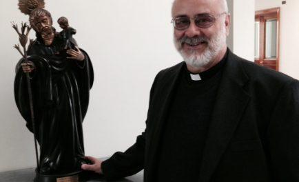24/05/2019 – El Padre Diego Fares habló de los mártires riojanos, y con ellos, del martirio, de lo que significa entregar la vida por amor a Dios en y con los hermanos.…