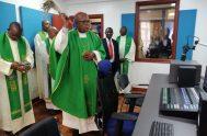 """""""Estamos muy contentos y damos gracias a la Virgen"""", son las palabras que expresaron muchas personas en Kenia, en Alemania (en Radio…"""