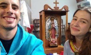 14/01/2019 – Luana y Agustín pertenecen al grupo de Infancia y Adolescencia misionera de la Parroquia María…