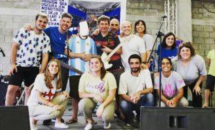 28/01/2019 –Filocalia, un grupo argentino de música y teatro brindó en Panamá un recital ante más de…