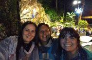 11/02/2019 – Laura Villavicencio, junto a su prima y a su amiga Romina, peregrinaron anoche desde Córdoba al Santuario de la Virgen de…