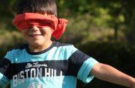 Jesús, ¿puedes arreglar mi vista como lo hiciste con la persona ciega?  Quiero ver con tus ojos el mundo que me rodea,…
