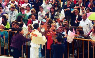 Cecilia Bertoldi y Martín Fernández Hileman iniciaron, sin darse cuenta, una misión nacional con la eucaristía. Todo…