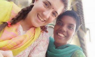 Pía, misionera cordobesa, está de misión en India desde febrero y nos cuenta uno de sus apostolados…