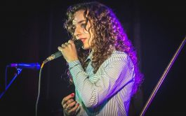 Con sus apenas 20 años, Aldana, no deja de maravillar con su hermosa voz dentro de la música católica. Nació…